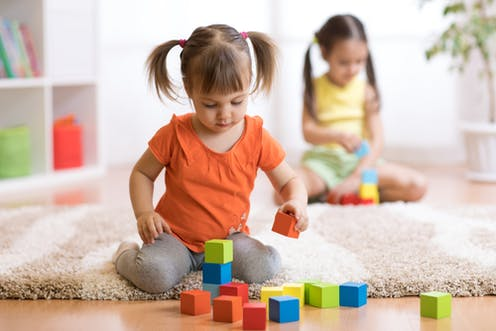 491720ef6 How parents can help their young children develop healthy social skills