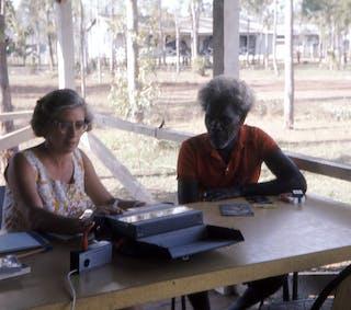 Why do so few Aussies speak an Australian language?