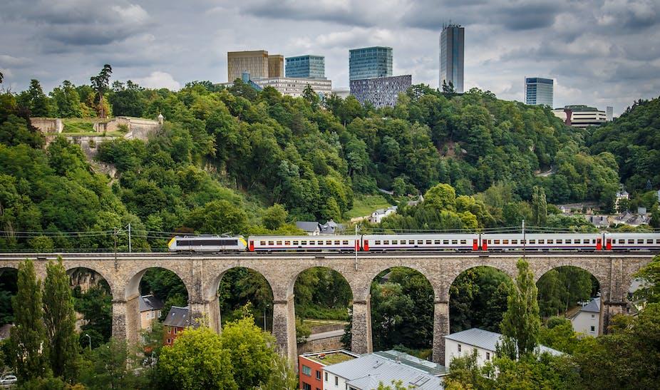 """Résultat de recherche d'images pour """"new luxembourg city, banks, business, digital economy, luxembourg"""""""