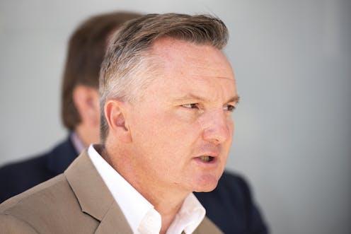 Bowen fires back in economy debate