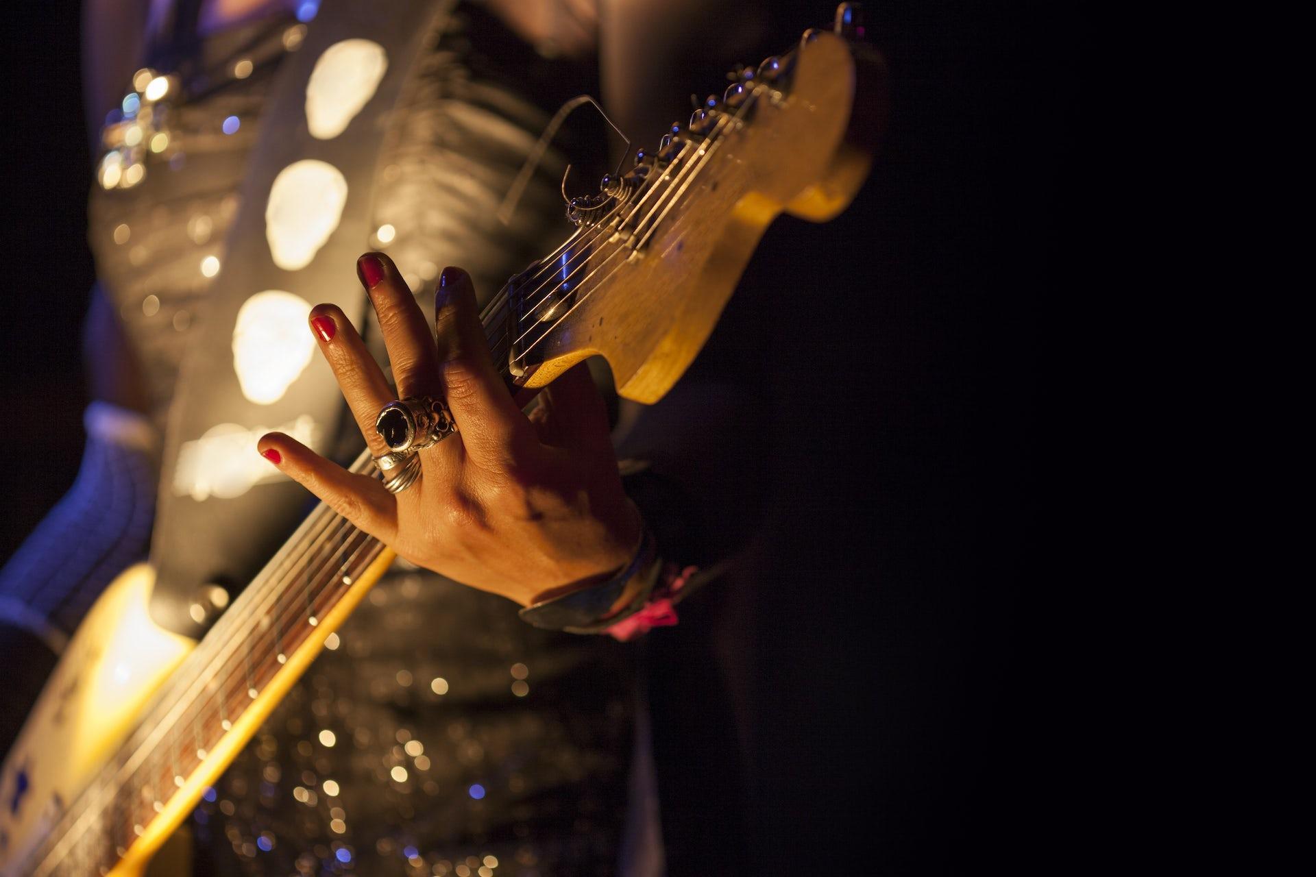 Solicito guitarrista para proyecto worship
