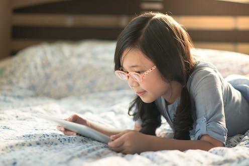Toddlers Screen Time Linked To Slower >> Too Much Screen Time Linked To An Epidemic Of Myopia Among Young People
