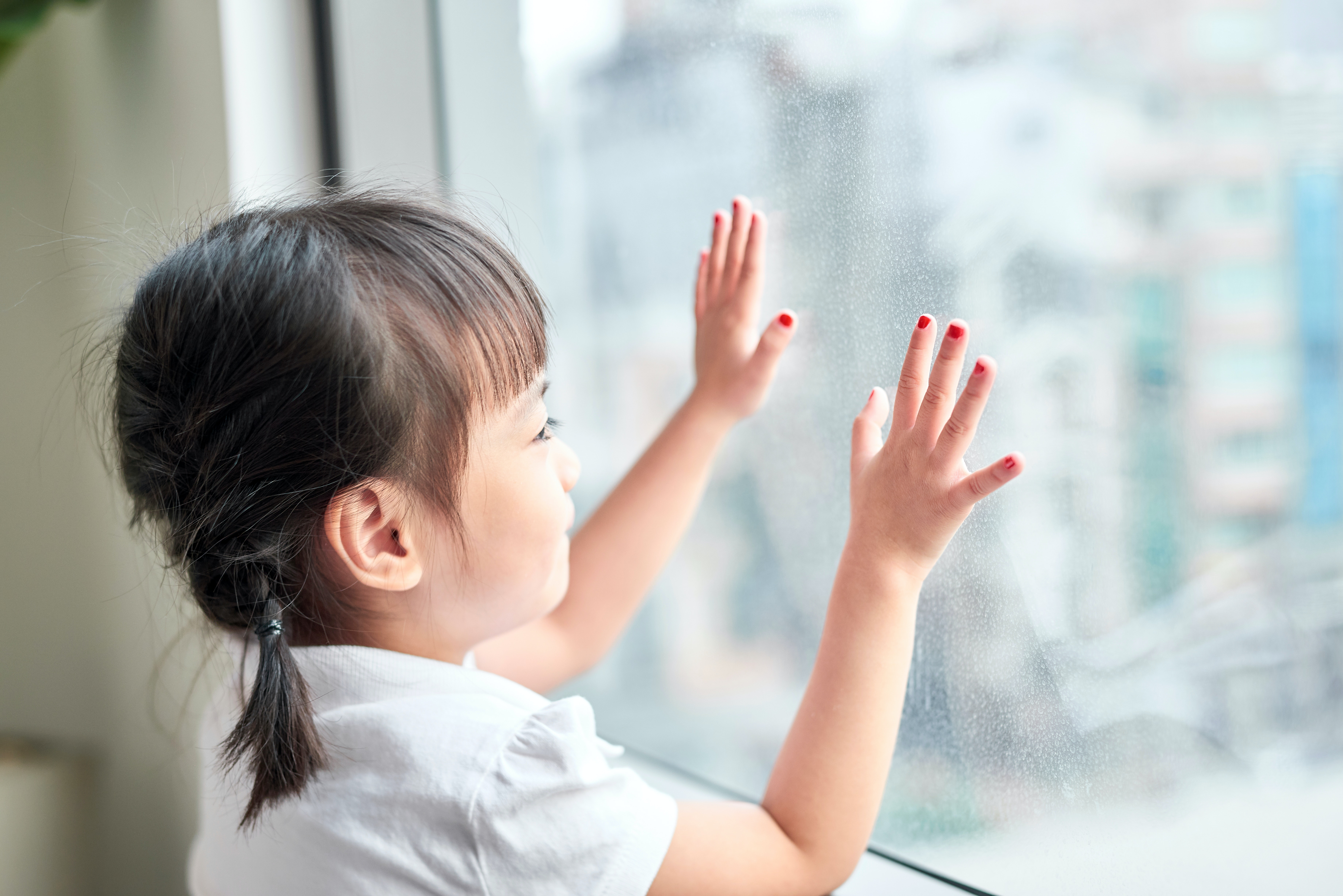 Curious Kids: why do we have fingernails and toenails?