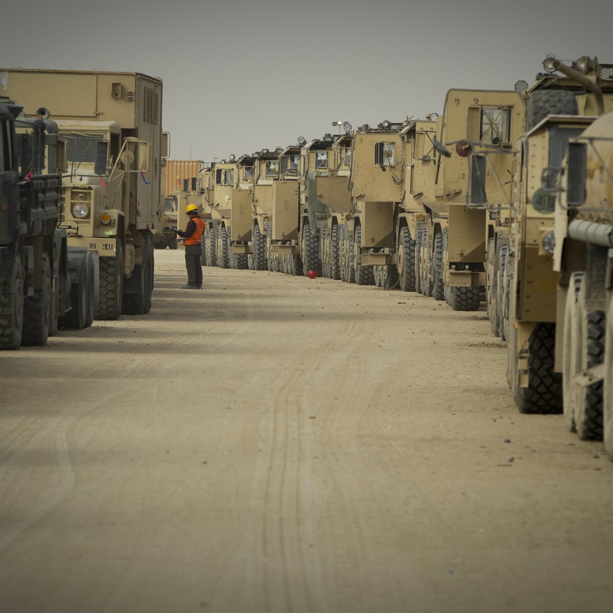 Who are the private contractors fighting in Iraq and
