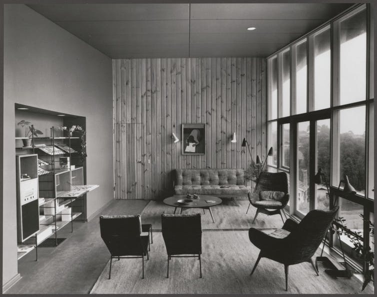Image of interior of a Royal Victorian Institute of Architects Small Home Services House
