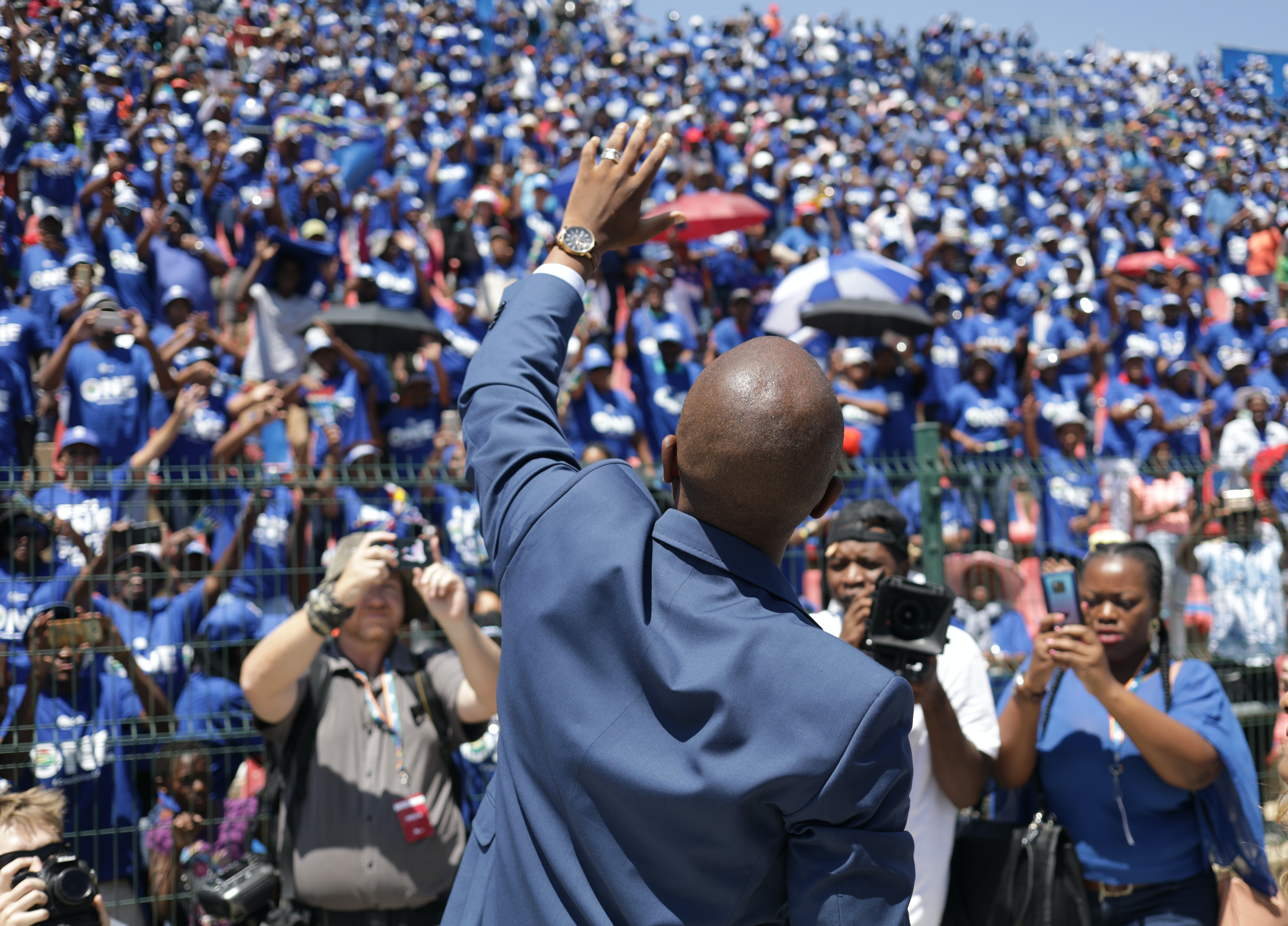 Parties aren't taking big issues seriously in South Africa's election campaign