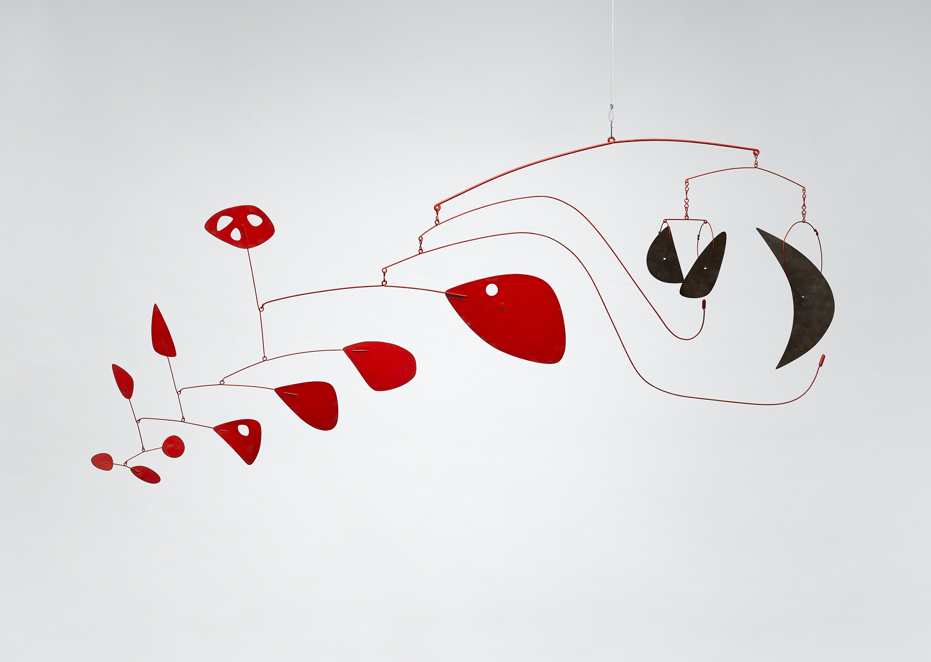 Alexander Calder: Radical Inventor is a tribute to living, breathing works of art