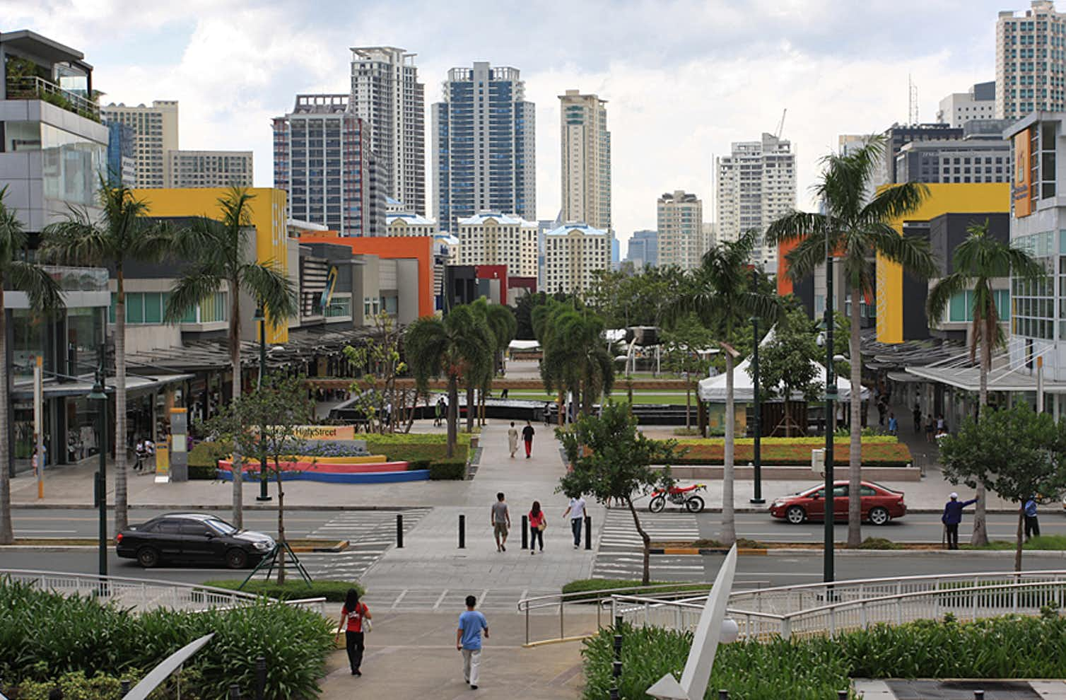 Bonifacio Global City in the Philippines has a lot of embedded surveillance equipment. Photo credit: alveo land/Wikimedia Commons