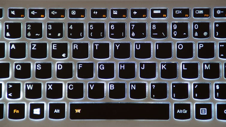 An AZERTY keyboard, which is commonly used in France.
