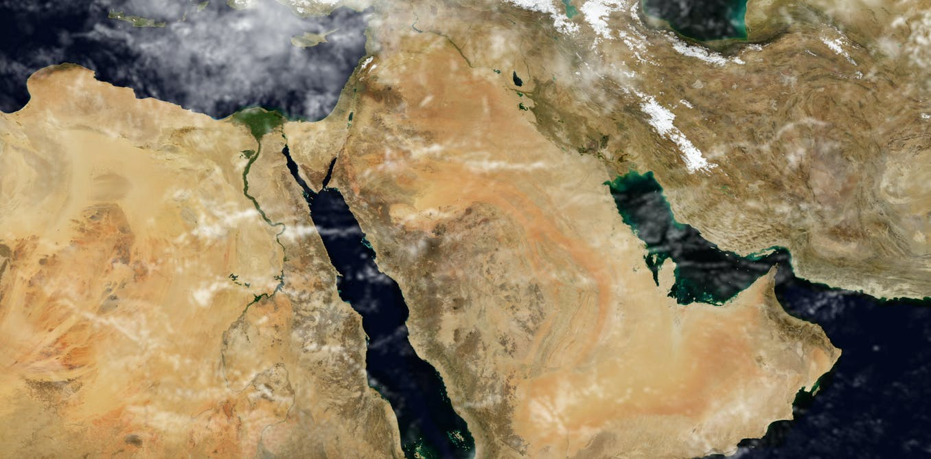 Why the new 'solar superpowers' will probably be petro-states in the Gulf