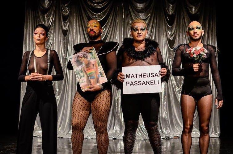 Le Circo de la drag pay tribute to Marielle Franco and Theusa Passareli. Marianna Cartaxo, Author provided