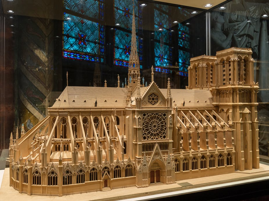 Notre d'Amazon: What if we transformed Notre Dame into a giant