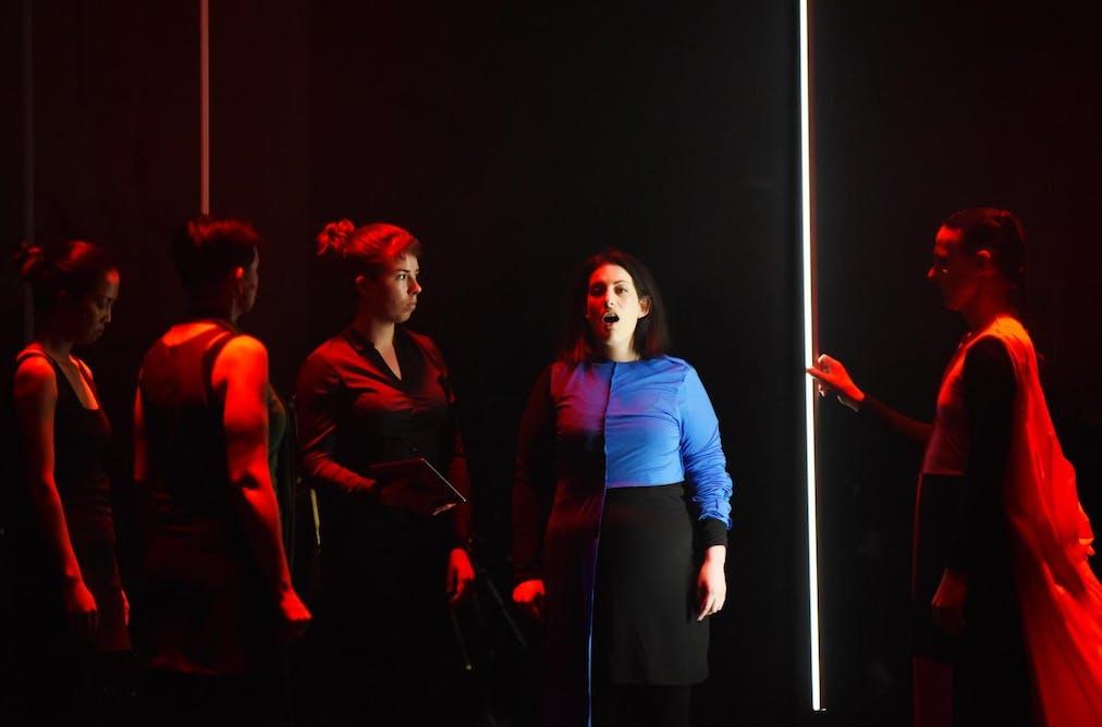 Bizet's femme fatale: Carmen and the music of seduction