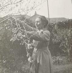 Ina Higgins 1919