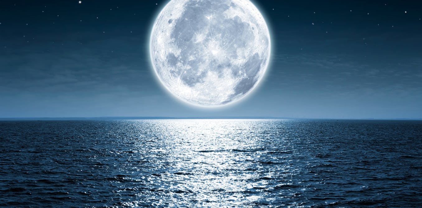 How women and the moon intertwine in literature