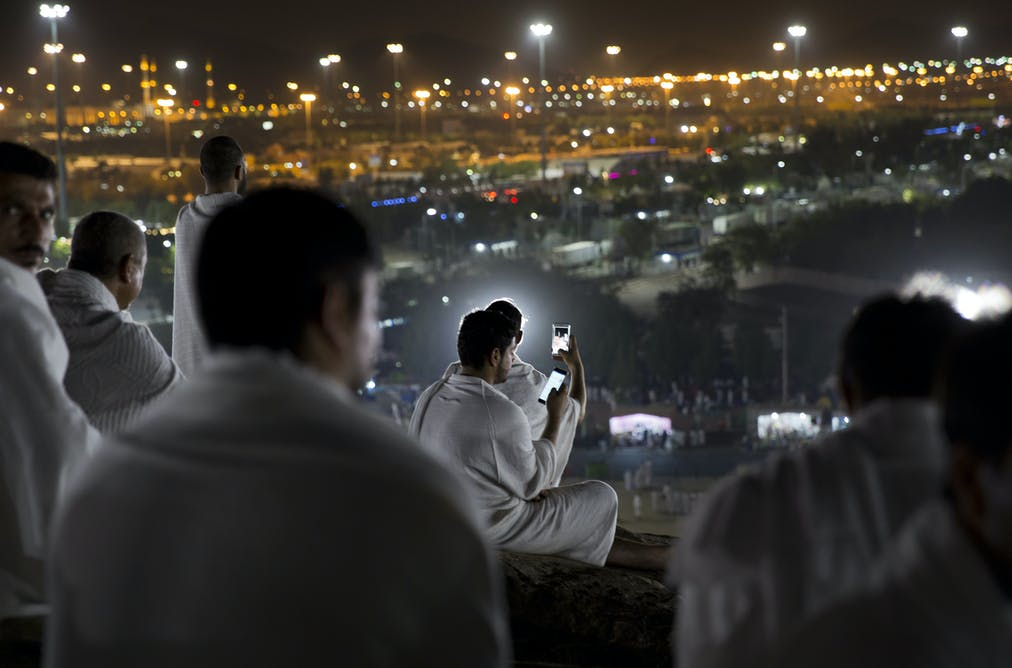 Millions of Muslims prepare to perform the hajj amid calls for a boycott