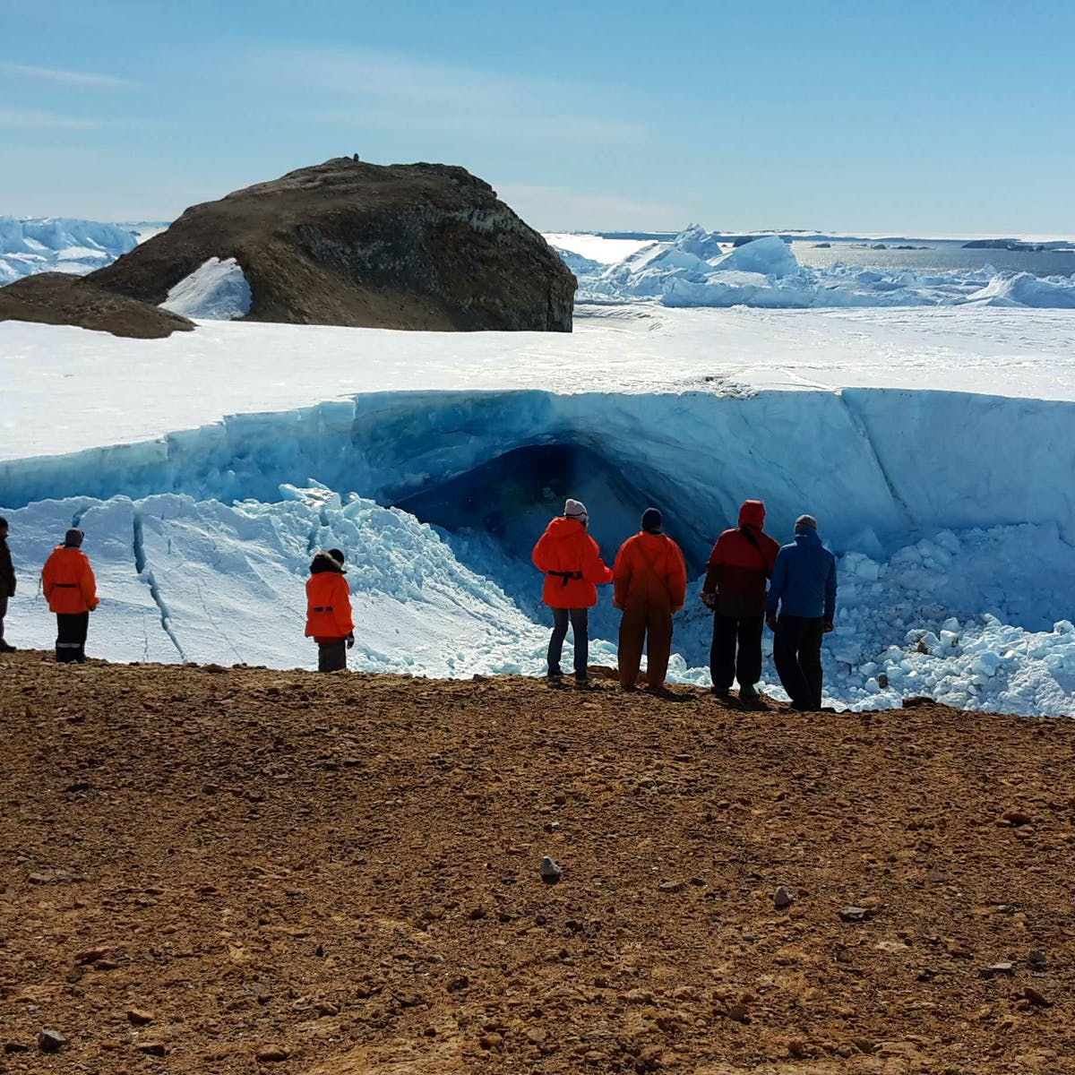 Australia wants to install military technology in Antarctica