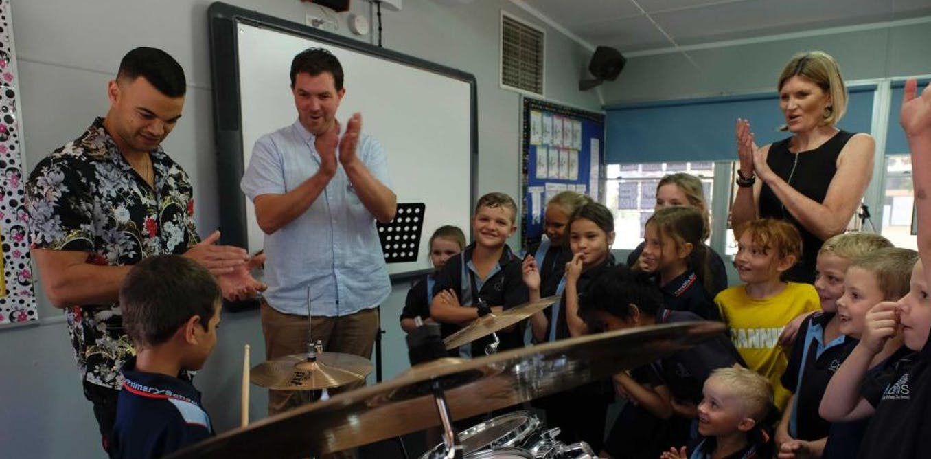 Arts education helps school students learn and socialise. We must invest in it