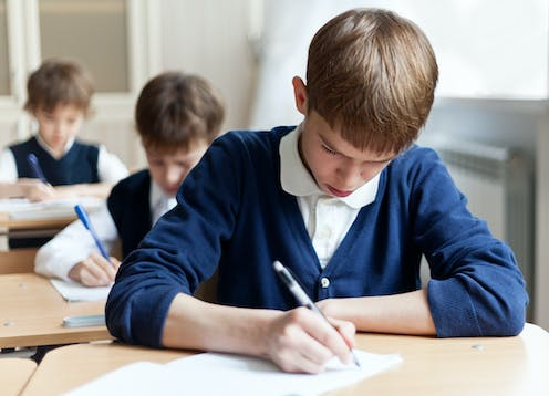 NAPLAN results show Year 3 students perform better than Year 9 in writing, and it's a worrying trend