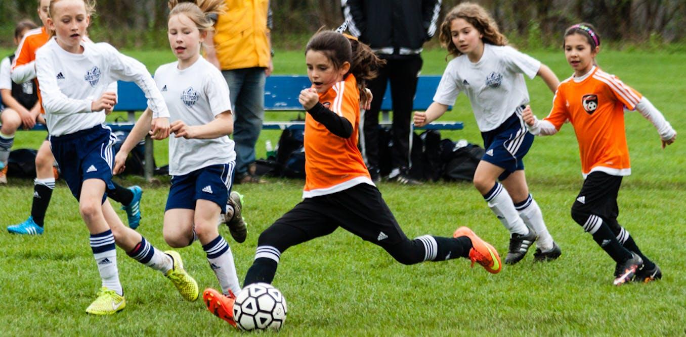 Inscrire sa fille au foot : en 2019, toujours un choix d'avant-garde ?