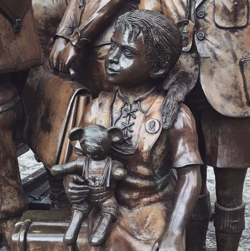 The memorial to the Kindertransport refugees, Liverpool St Station, London.