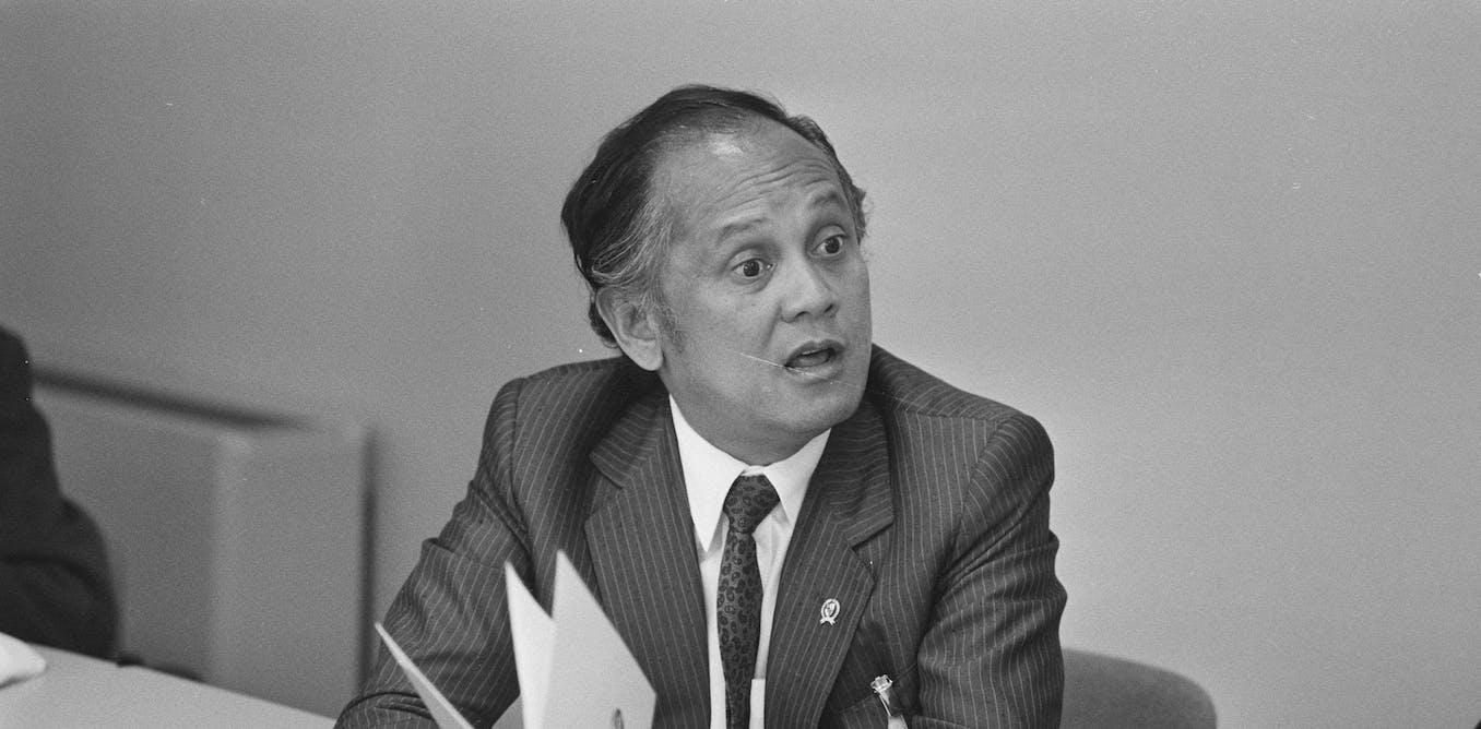 Mantan presiden B.J. Habibie adalah menteri riset dan teknologi terbaik yang pernah dimiliki Indonesia