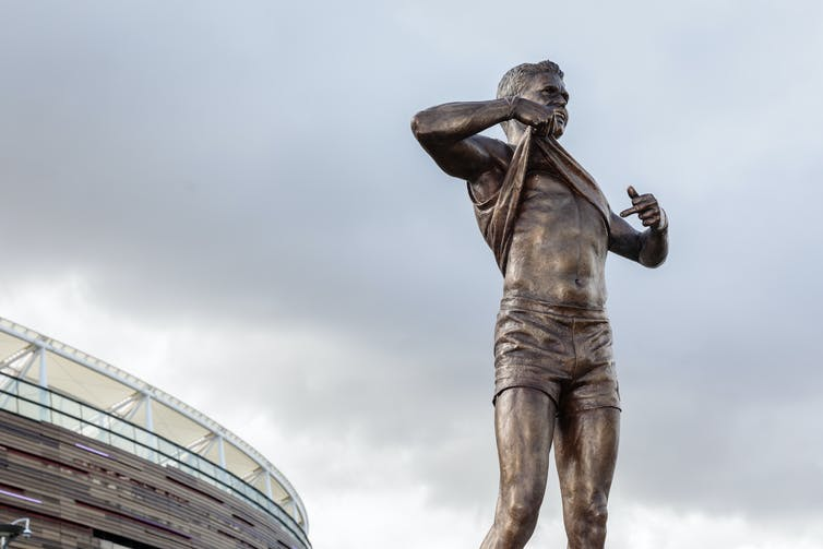 sporting statues can enshrine players and also capture pivotal cultural moments
