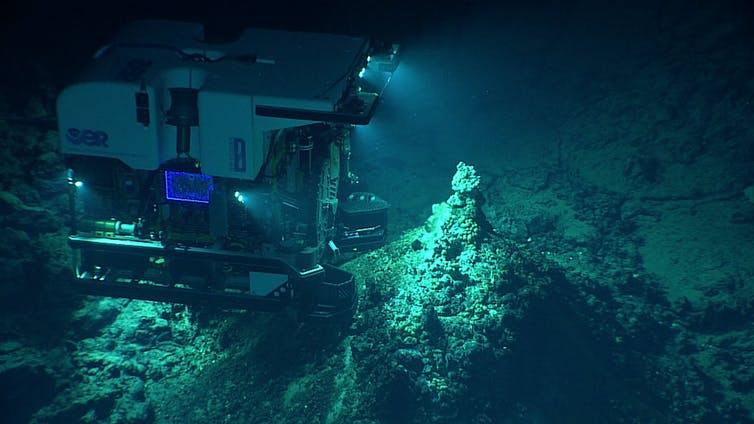 The remotely operated vehicle Deep Discoverer captures images of a newly discovered hydrothermal vent field in the western Pacific. NOAA