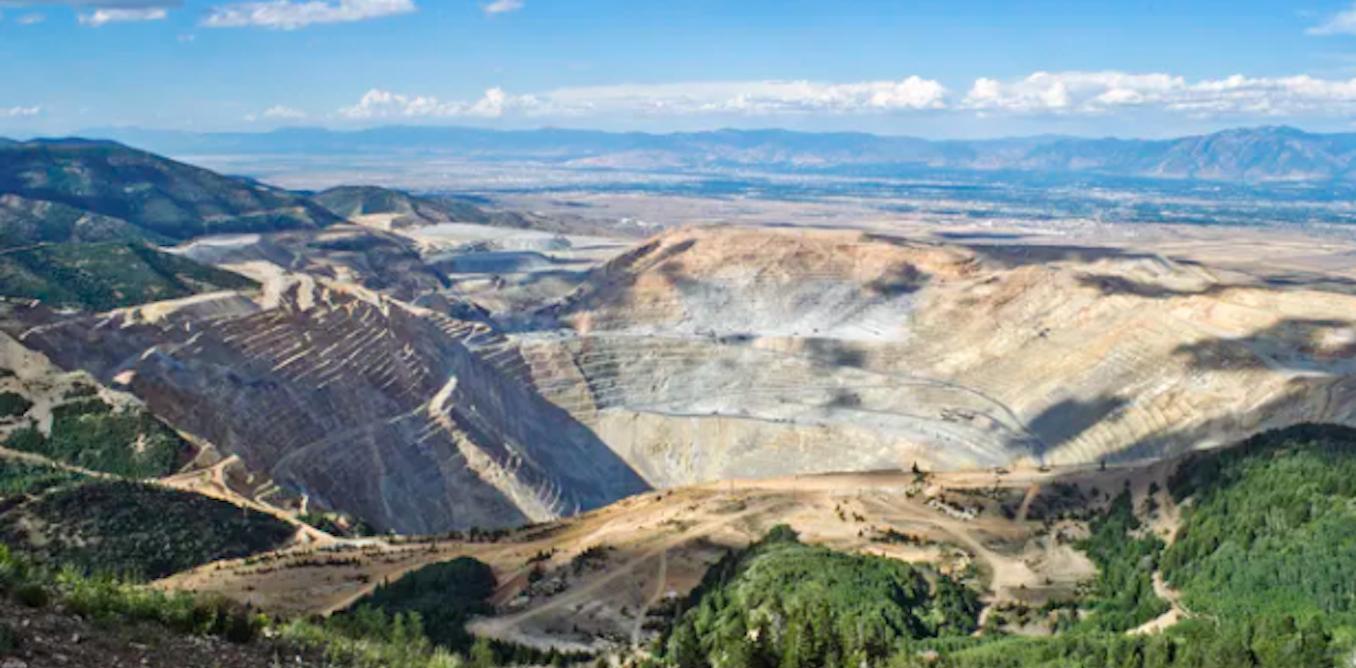 Pertambangan menggerakkan kehidupan modern, namun merusak lahan dan mencemari air. Ini penjelasan ahli
