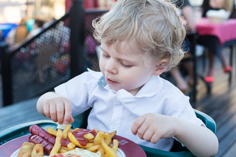 These 3 factors predict a child's chance of obesity in adolescence (and no, it's not just their weight)