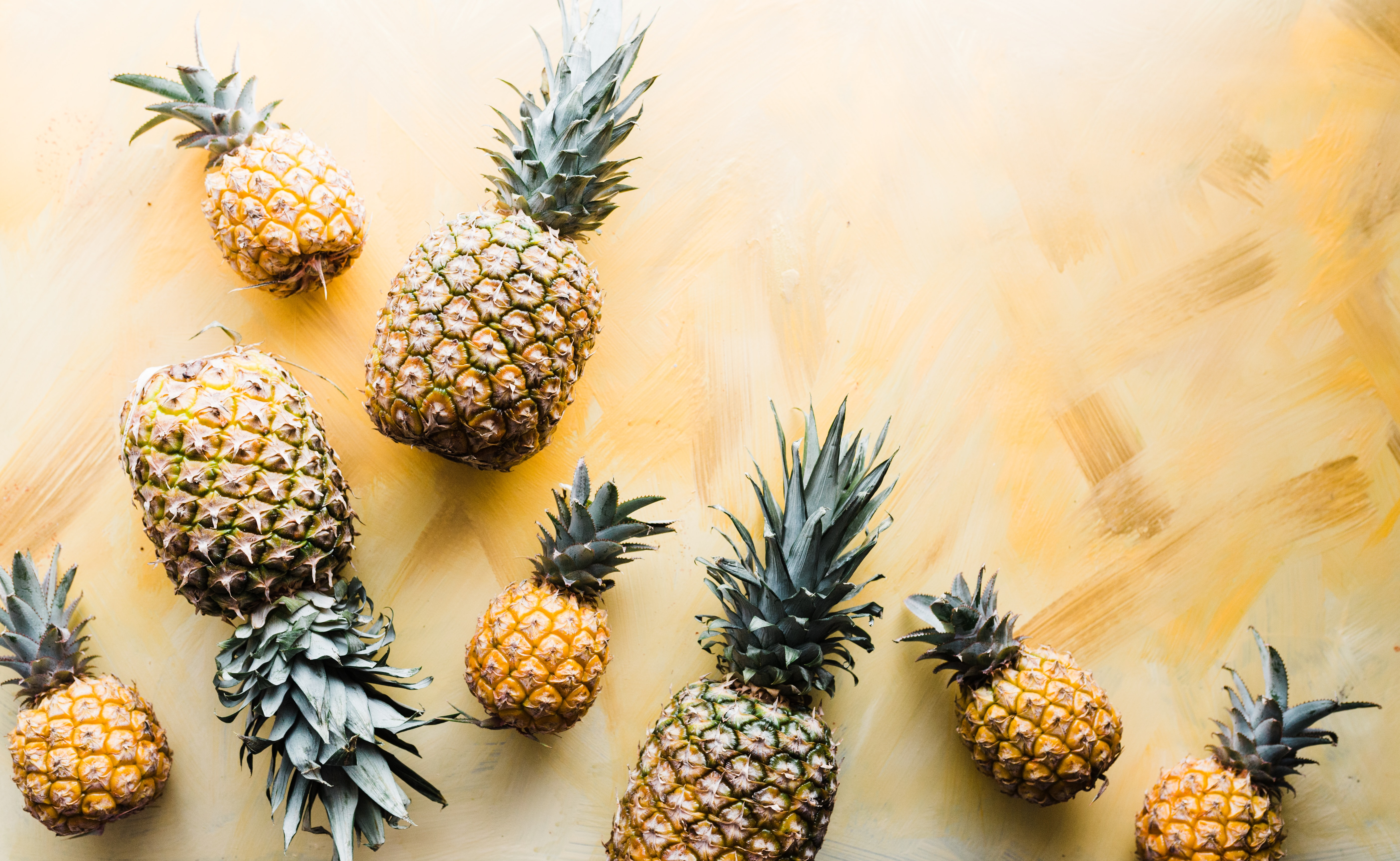 Forget Fast Cars and Shiny Rolexes – Rich People Used to Show Off Their Wealth with Pineapples and Celery