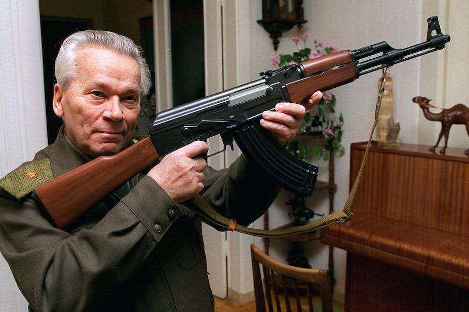Penemu paling mematikan di dunia: Mikhail Kalashnikov dan AK-47 ciptaannya