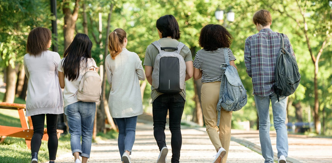 Aussie students are a year behind students 10 years ago in science, maths and reading