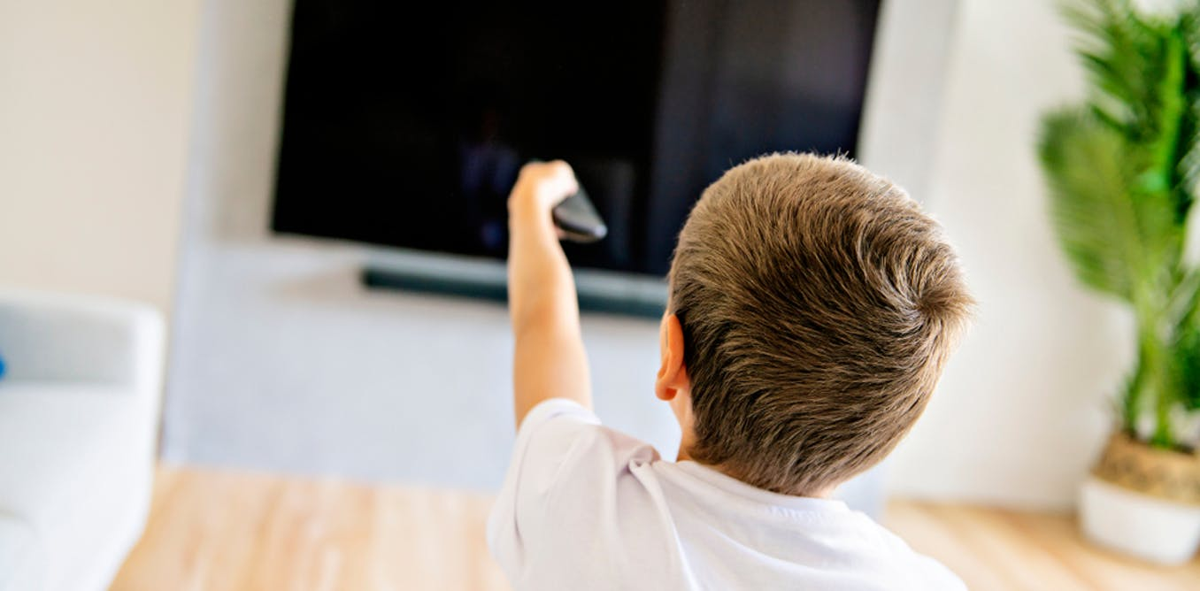 4 ways to get your kids off the couch these summer holidays