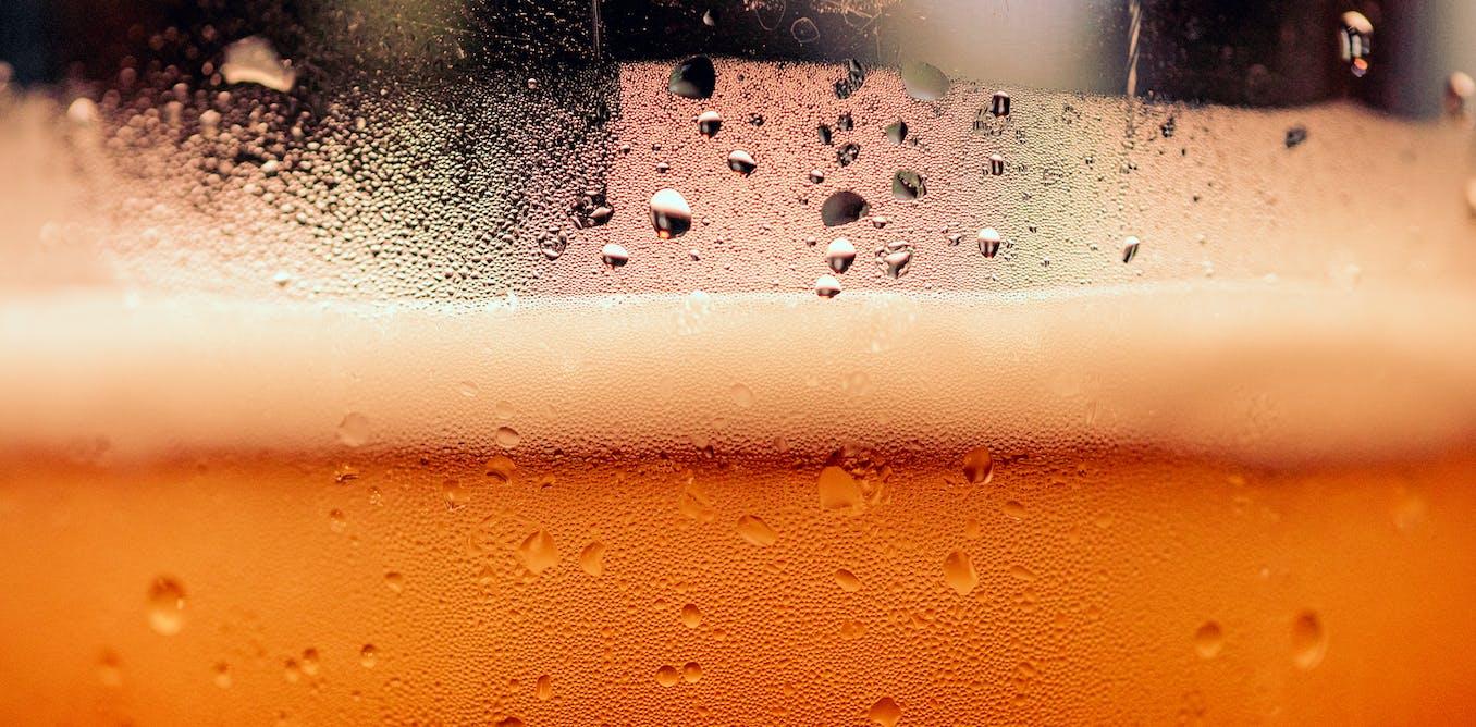 Pourquoi la consommation d'alcool provoque des crampes ?