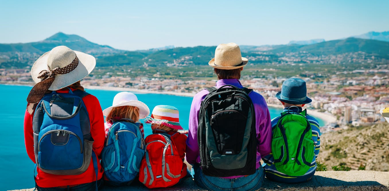 New cultures, new experiences: 4 ways to keep kids learning while travelling