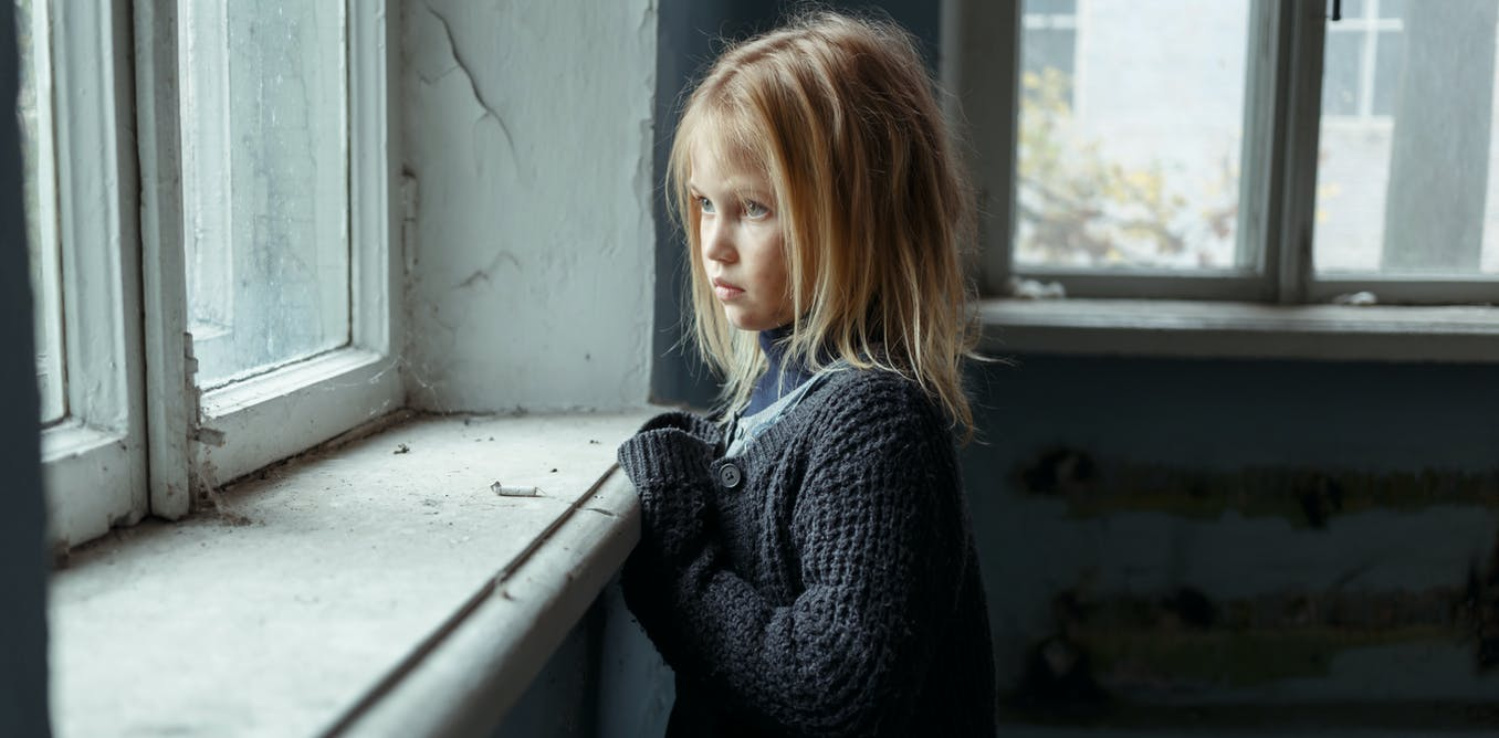Childhood deprivation affects brain size and behaviour