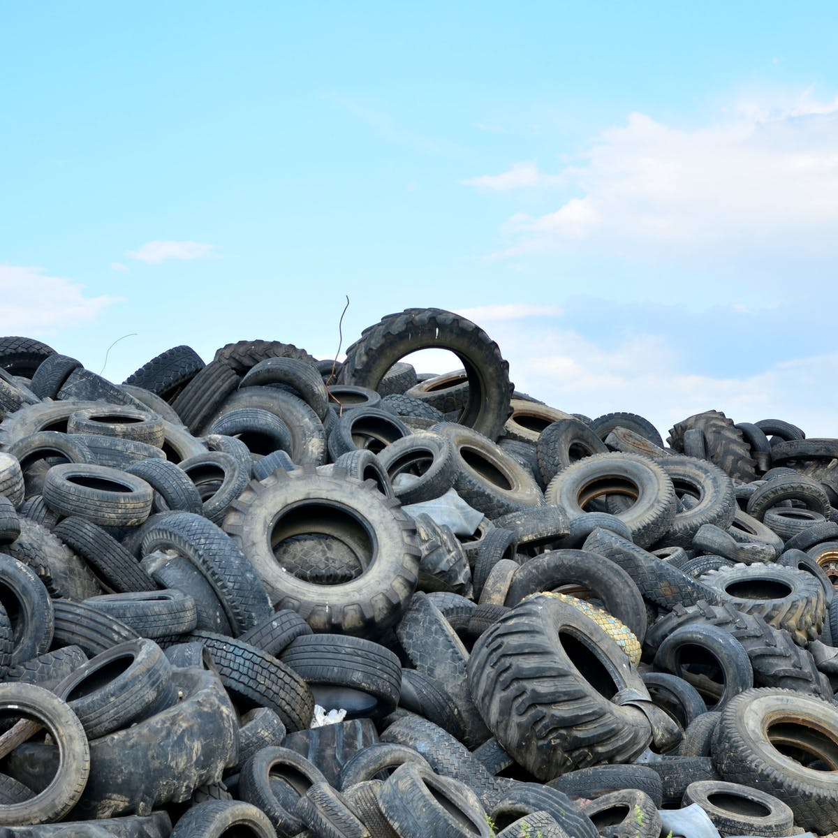 A New Recycling Technique Breaks Down Old Tires Into Reusable Materials