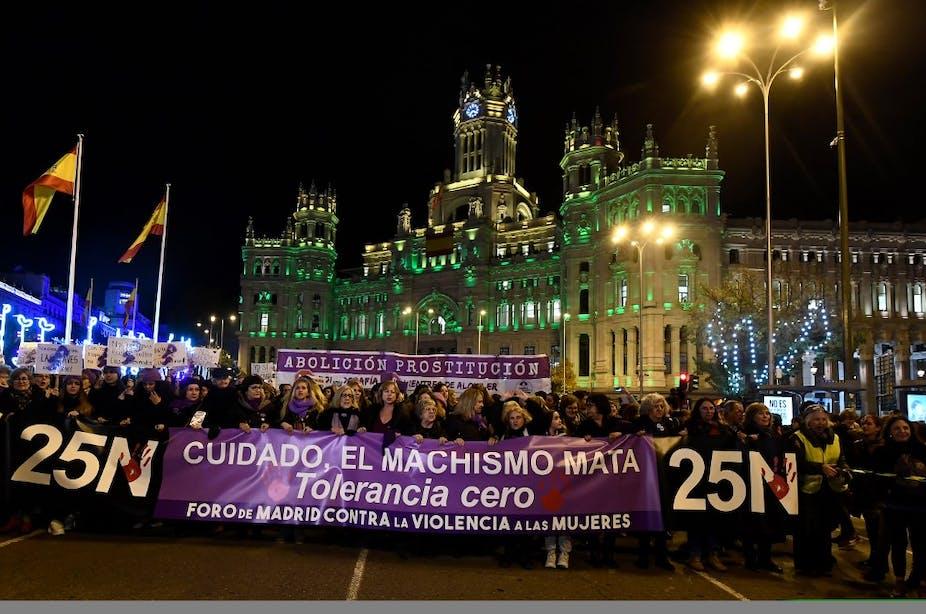 Droits Des Femmes La Vague Mauve En Espagne Et En France