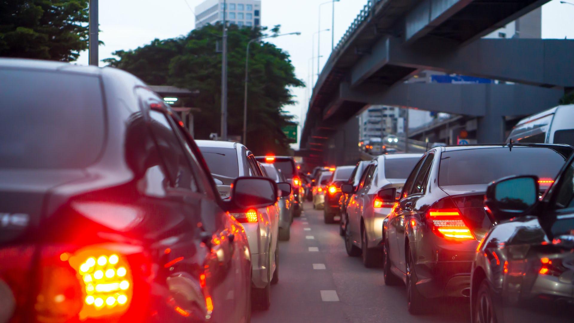 Porcentaje de frenado en un auto