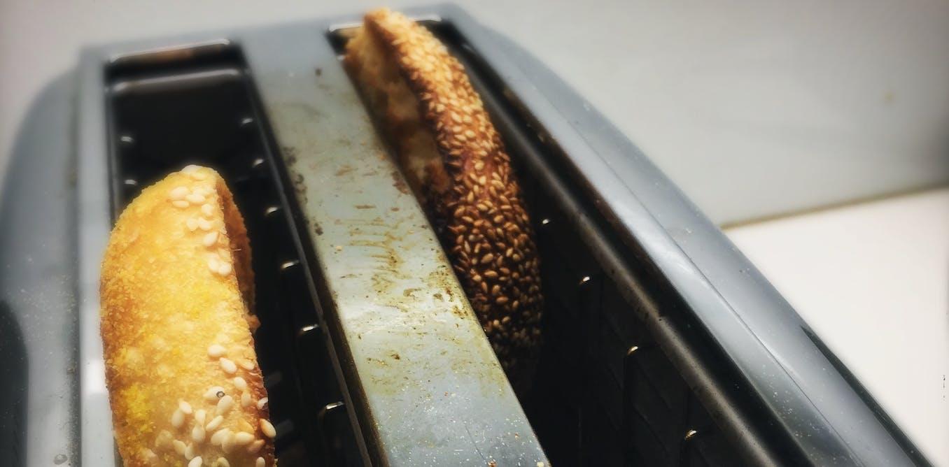 Bill de Blasio's bagel gaffe and the fraught politics of food