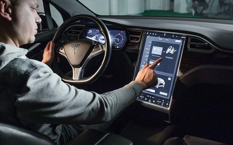 tesla uses big data to offer better car insurance