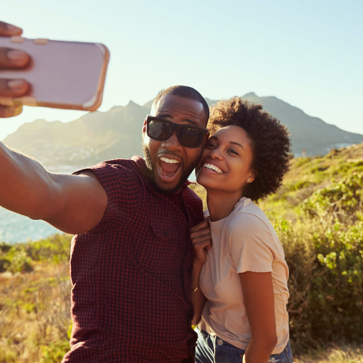 Why People Post Couple Photos As Their Social Media Profile Pictures View the funniest couples pictures at awkward family photos. why people post couple photos as