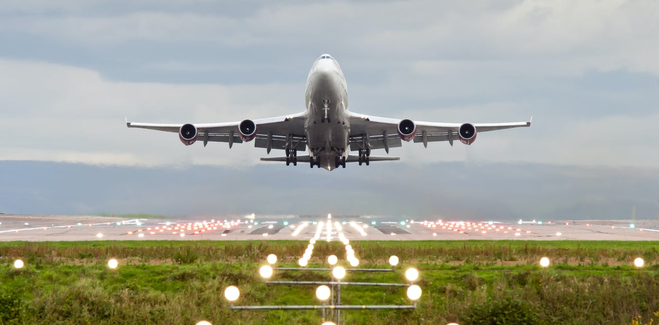 Climate change means longer take-offs and fewer passengers per aeroplane – new study