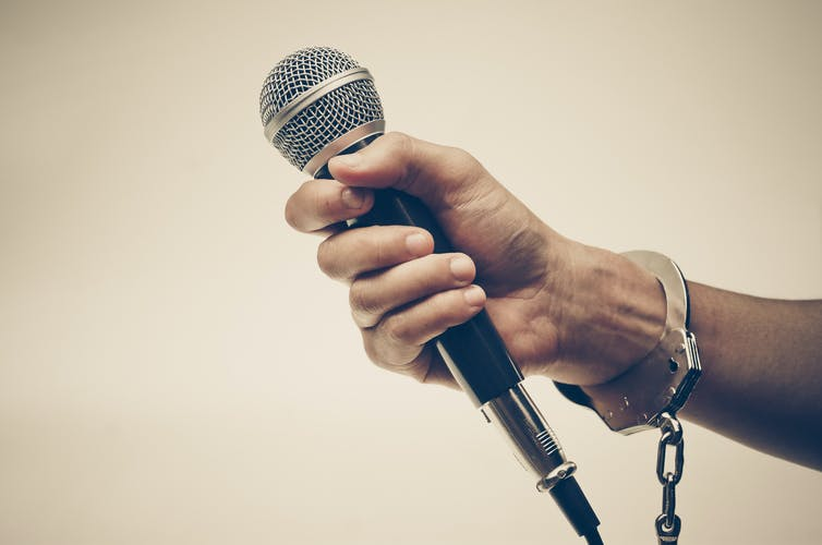 rap music mic