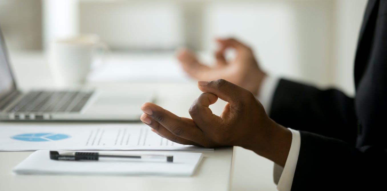 Et si la pleine conscience nous rendait plus performants au travail ?