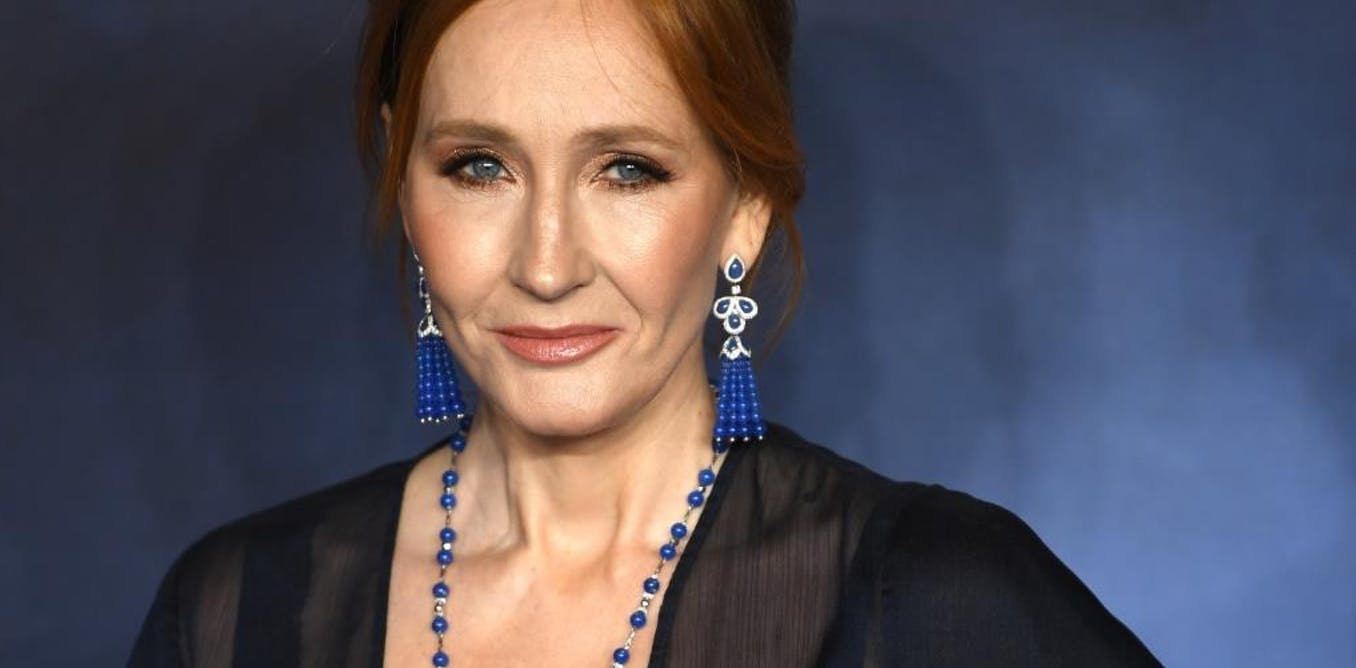 Does JK Rowling's breathing technique cure the coronavirus? No, it could help spread it