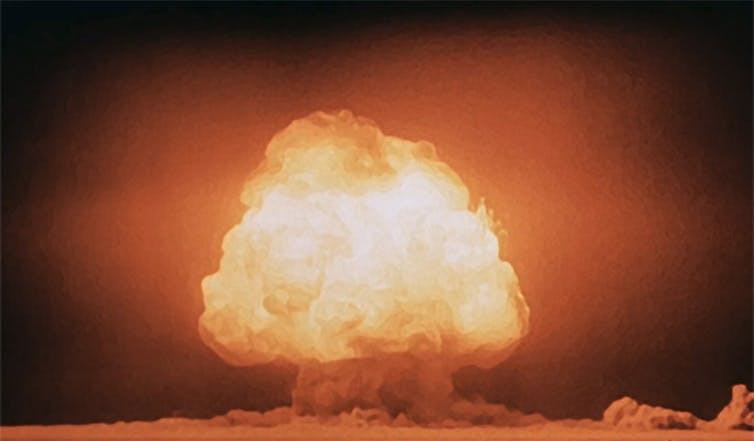 Will humans go extinct? Nuclear bomb