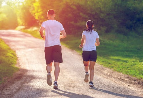 How to keep a coronavirus-safe distance when you're jogging or cycling