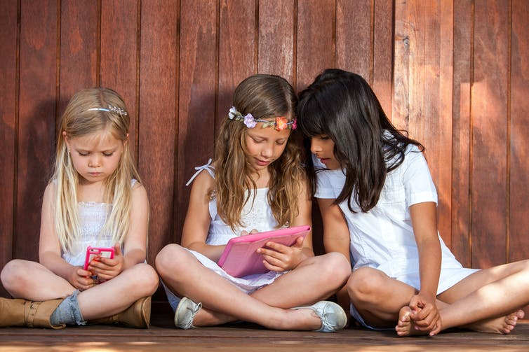 Students less focused, empathic and active than before – technology may be to blame